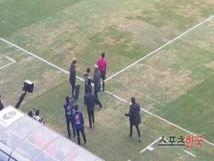 Công Phượng ra mắt K.League, báo Hàn đồng loạt đưa tin