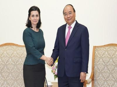 Thủ tướng tiếp Đại sứ Bulgaria và Đông Uruguay tại Việt Nam