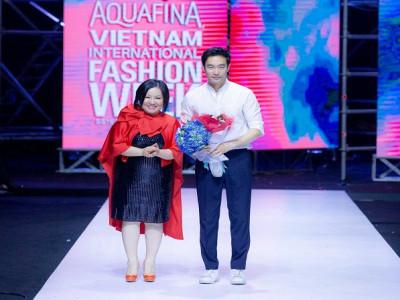 Bản hòa ca cảm hứng nữ quyền trong các thiết kế của Chung Chung Lee tại Aquafina Tuần lễ Thời trang Quốc tế Việt Nam Xuân – Hè 2019