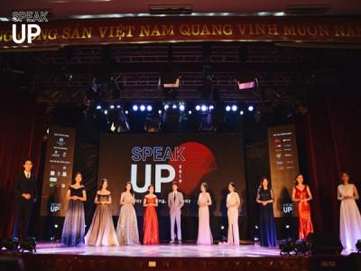 Đinh Mạnh Ninh đốn tim khán giả tại Chung kết cuộc thi SPEAK UP 2019