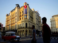 Cuba diễu hành phản đối cấm vận của Mỹ và nỗ lực can thiệp Venezuela