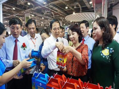 98 ngàn lượt người đổ về Hội chợ OCOP Quảng Ninh – Hè 2019