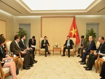 Khuyến khích doanh nghiệp Việt-Pháp mở rộng hợp tác trong lĩnh vực hàng không