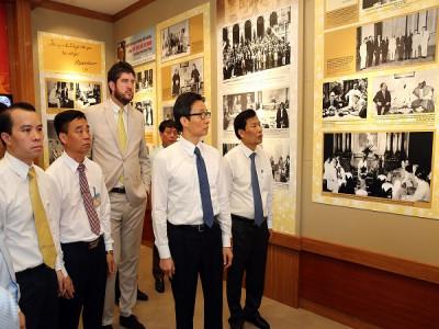 Trưng bày bổ sung về Bác Hồ tại Phủ Chủ tịch