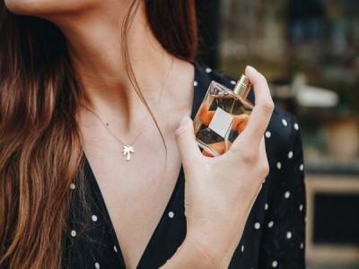 5 bộ phận trên cơ thể bạn không nên xịt nước hoa