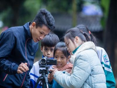Góc nhìn cuộc sống qua ống kính trẻ thơ
