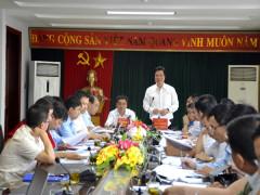 Thứ trưởng Nguyễn Hữu Độ kiểm tra chuẩn bị thi THPT quốc gia tại tỉnh Điện Biên