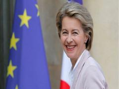 Bà Ursula von der Leyen chính thức được bầu làm Chủ tịch Uỷ ban châu Âu