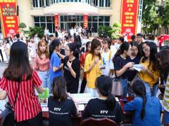 Sóng Trẻ Festival 2019: Thử làm MC tại câu lạc bộ Truyền hình sinh viên STV
