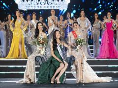 Nữ sinh Lương Thùy Linh đăng quang Hoa hậu Thế giới Việt Nam