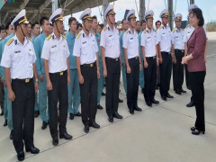 Phó Chủ tịch nước thăm và làm việc tại Căn cứ quân sự Cam Ranh