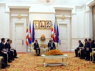 Đoàn đại biểu cấp cao Văn phòng TW Đảng thăm và làm việc tại Campuchia