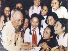 Nhân dịp khai giảng năm học mới - Nhớ Chủ tịch Hồ Chí Minh kính yêu