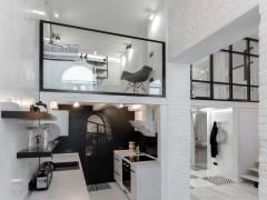 Căn Loft đẹp ấn tượng chỉ với hai gam màu đen và trắng