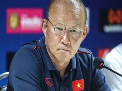 BTC V-League 2019 đổi lịch, HLV Park Hang Seo hưởng lợi