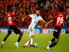 Thua sốc Mallorca, Real mất ngôi đầu vào tay Barca