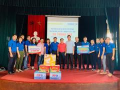 Tổ chức nhiều hoạt động trao quà hướng tới Đại hội Hội Liên hiệp thanh niên ở các địa phương
