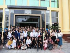 Khoa Tài chính tổ chức gặp mặt tân sinh viên khóa 24