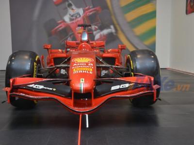 Ngắm vẻ đẹp mẫu xe đua F1 của Ferrari lần đầu được trưng bày chính hãng tại Việt Nam