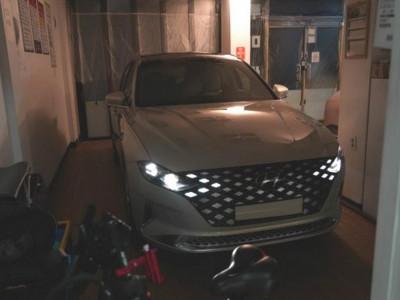 Sedan cỡ trung cao cấp Hyundai Grandeur 2020 bị rò rỉ ảnh nóng trước ngày ra mắt