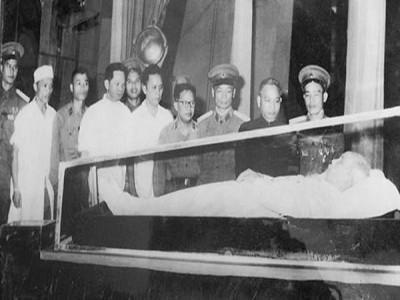 Quá trình giữ gìn thi hài Chủ tịch Hồ Chí Minh