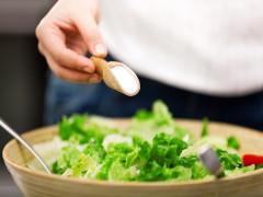 Điều gì xảy ra khi ăn quá mặn?