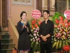 """Họa sĩ Nguyễn Thị Kim Đức  Trải lòng với những bức vẽ trong triển lãm """" xuống phố 3"""""""