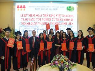 Lễ kỷ niệm ngày nhà giáo Việt Nam 20/11, trao bằng tốt nghiệp cử nhân khoá 20, ngành quản lý nhà nước và khen thưởng sinh viên