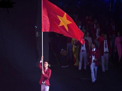 Đoàn thể thao Việt Nam diễu hành trong lễ khai mạc SEA Games 30