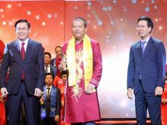 10 doanh nhân trẻ xuất sắc nhận Giải thưởng Sao Đỏ 2019