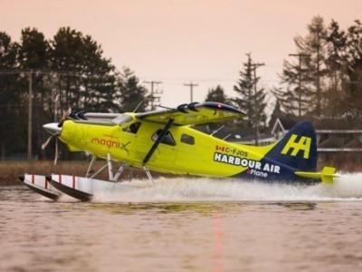 Canada thử nghiệm bay thành công lần đầu tiên một chiếc thủy phi cơ chạy điện