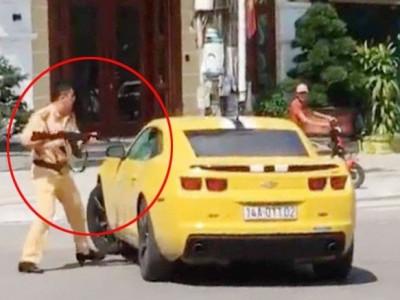 Những pha truy đuổi xe máy và ô tô gay cấn nhất của cảnh sát Việt Nam