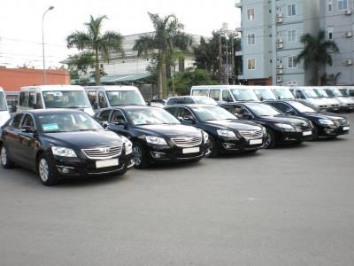 Mua xe ô tô thanh lý từ công ty, người dùng cần nắm rõ những thủ tục và mức thuế nào?