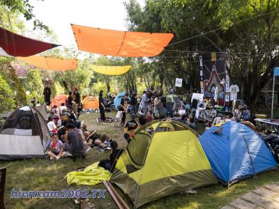 Dã ngoại cắm trại bằng xe mô tô: Thú vui mới của biker Việt