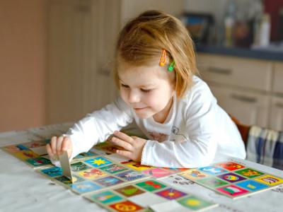Chín cách giúp trẻ tập trung