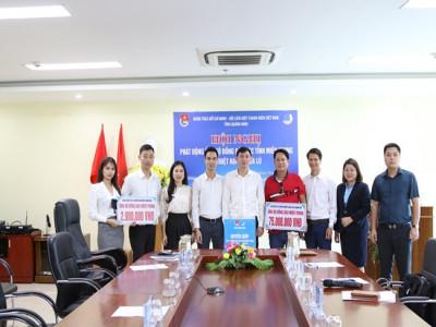 Lễ phát động quyên góp ủng hộ đồng bào các tỉnh miền Trung bị thiệt hại do mưa lũ