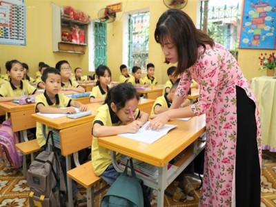 Nữ nhà giáo ưu tú dân tộc Tày giàu nghị lực