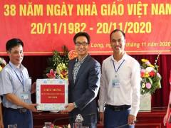 Phó Thủ tướng Vũ Đức Đam thăm Trường PTDT nội trú tỉnh Quảng Ninh