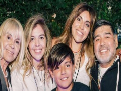 Huyền thoại Maradona qua đời để lại khối tài sản