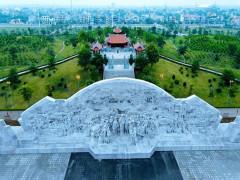 """Tượng đài """"Bác Hồ với nông dân Việt Nam"""" - biểu tượng cao đẹp hun đúc lòng yêu nước, tinh thần đoàn kết dân tộc"""
