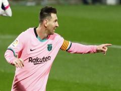 Messi kéo Barca đến gần top 4