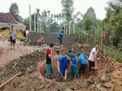 Đội tuyên truyền viên bảo vệ môi trường xã Hoà Hải,  huyện Hương Khê, tỉnh Hà Tĩnh