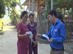 Đội tuyên truyền viên bảo vệ môi trường xã Lục Dạ, Huyện Con Cuông, tỉnh Nghệ an nâng cao nhận thức cho bà con trong bảo vệ môi trường