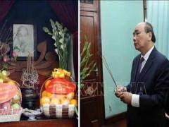 Thủ tướng dâng hương tưởng nhớ Bác Hồ