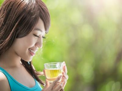 Uống trà sống thọ
