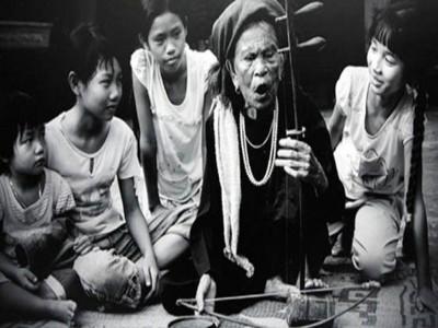 Hát xẩm ngày xuân: Nghệ thuật truyền thống đang dần sống lại