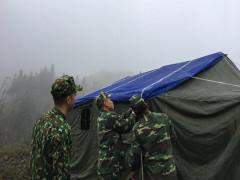 Bộ đội Biên phòng cửa khẩu Hoành Mô  cùng nhân dân chống