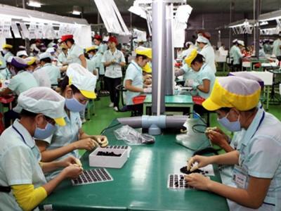 Vi phạm quy định về thực hiện hợp đồng lao động bị phạt đến 150 triệu đồng