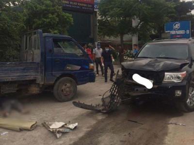 Hà Nội: Va chạm với SUV 7 chỗ Toyota Land Cruiser, người đi xe máy văng vào gầm ô tô tải, tử vong