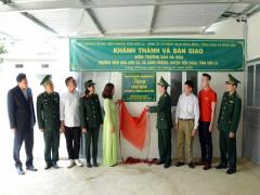 """""""Hành Quân xanh"""" về xã biên giới Lóng Phiêng"""